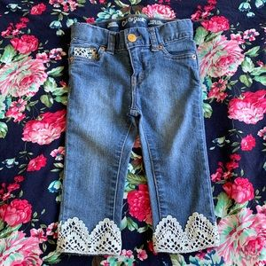 Other - Baby girl embroidered jeans